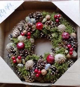 Wreath - Medium Boxed XMas