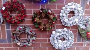 Wreaths - Pine & Frost