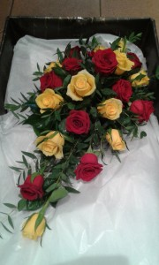 Wedding-Red-Yellow-Bouquet-02