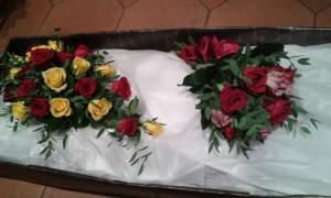 Wedding-Red-Yellow-Bouquet-03