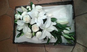 Wedding-White-Rose-Lily-Bouquet-01
